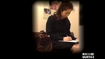 25-year-old tall office lady Harumi-waiting room / urine collection-all gynecological examinations File02-a