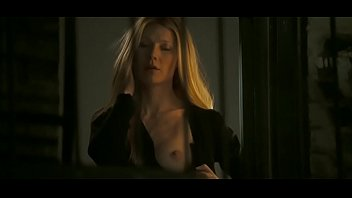 Nude gwyneth palthrow Gwyneth paltrow - pulls out single tit in two lovers