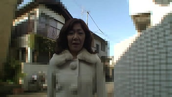 horny japanese mature amateur - creampie hairy pussy thumbnail