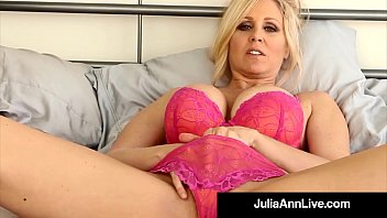 Asian girl bras Busty cougar julia ann in bras panties stockings for you