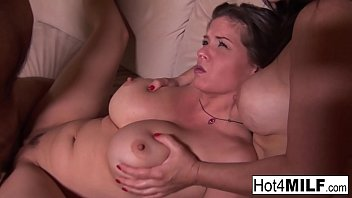 Lucky guy gets to bang two brunette MILFs Thumb