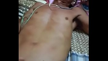 Gay khmer old man jerking off on bed