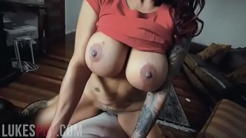 HUGE TITS COUGAR FUCKS AND SUCKS FOR A BIG FACIAL