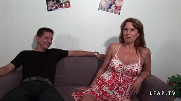 Kinky milf double penetrated in a gangbang with her boyfriend 35 min