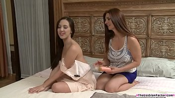 Lesbian naked sexy woman - Sexy latina licked by an older woman