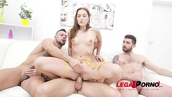 Mina anal & DAP 4on1 with 0% Pussy & Piss Clean-Up SZ2568