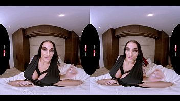 German MILF with Huge Boobs in VR POV