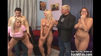 Brooke hogan porno Reality tv porn star brooke haven fucks a fan