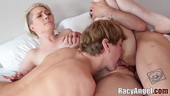 Racy Bisexual Pick Up # 2 إيلا نوفا ، نيكي دارلينج ، دينالي وينتر ، ديزي دوكاتي