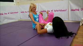 Bra and Panties Match (Strip Wrestling Match) w. Loser gets Diaper ~ 'The Queen of Mean' April Paisley vs The gorgeous Amy Murphy || (JDoE not WWE) # *FULL-LENGTH VERSION*