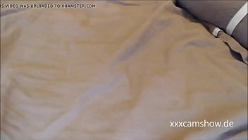 Hot teen likes to show of her body on xxxcamshow