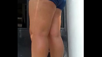 I recorded my Venezuelan neighbor with a booty in short content