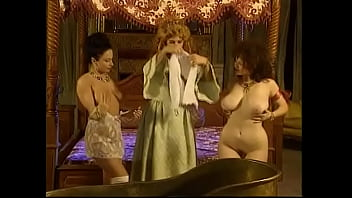 Lusty queen Milly D'Abbraccio called her ladies in waiting Carolina Spagnoli and Erika Bella to go under the house and to test the newest invention which could make any woman happy