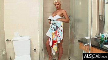 Blonde Beauty Oils Up in Shower for Close Up Pussy Play