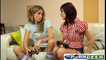 Instagram account @hottybabespics Lesbians Playing Video Games