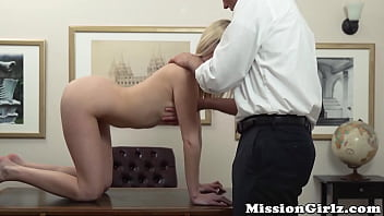 Innocent blonde babe lets her elder play with her wet pussy
