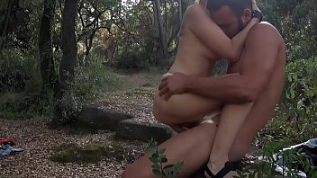 Amateur Couple Tapes Themselves Fucking in the Forest - Lustery Vorschaubild