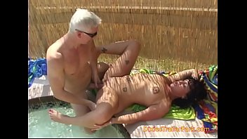 Hdtv sex trailer - Dixies trailer park pool bar slut