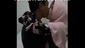 PACARKU JILBAB TAPI SANGEAN | Full Video :  https://semawur.com/xrpBRb4g thumbnail