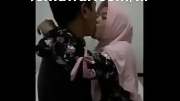 Pacarku Jilbab Tapi Sangean | Full Video :  Https://semawur.com/xrpbrb4G