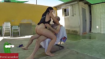Summer fucked in the pool outdoors with Pamela very wet close to my neighbours video