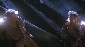 Worm Sex Scene From The Movie Galaxy Of Terror : The Female Officer Of The Spaceship Got Pregnant After Their Hot Mating.