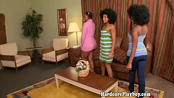 Ebony babes flash their ass in group fun