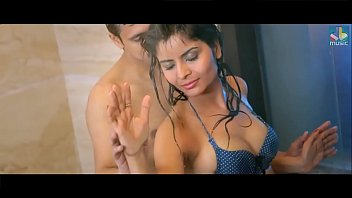 Indian actress sex vedios Indian actress hindi hottest romance video song showing boobs