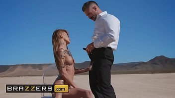 (Kimber Veils, Charles Dera) - Sandy Siren Of The Skies - Brazzers
