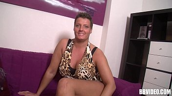 Short haired fat german milf gets pussy fingered