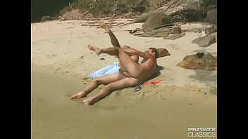 Vintage nudist xxx Laura palmer in beach bums