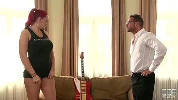 Paige Delight cums Hard during Anal Sex