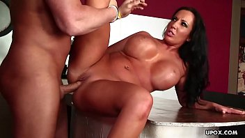Richelle Ryan is sucking dick eager to get fucked hard