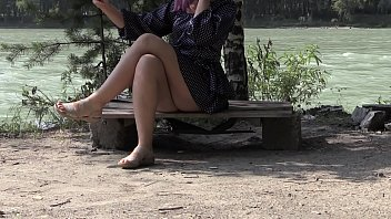 Voyeur peeps under a skirt outdoors. Hairy pussy and juicy ass in panties and without them. Fetish.