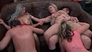 Hot Wives Having An Orgy With Cock Sucking And Pussy Licking