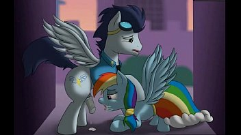 Soarin cums in Rainbow Dashes mouth (My Little Pony)