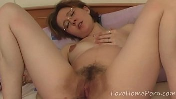 Mature with glasses fills up her love tunnels  - 69VClub.Com