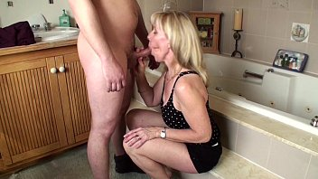 Naked blonde women giving blowjobs video A young guy gives me his first facial