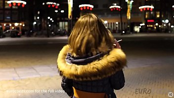 a night living on the red light district in amsterdam with mira