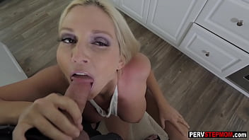Dirty stepson fucked hard hot blonde stepmoms mouth