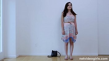 Newbie Learns A Lot During Her Calendar Audition 12分钟