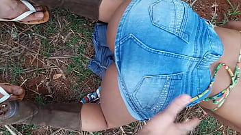 brand new country girl with an old boot went to the cane field to dance funk and get hot!