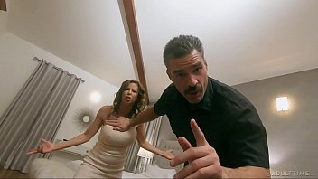 Pathetic Cuck Watches Wife get Slammed by Hung Police Officer – FULL SCENE