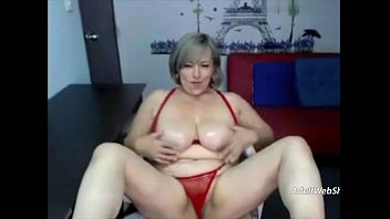 Granny with red bikini - AdultWebShows.com