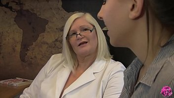 LACEYSTARR - Dr Lacey Meets Tindra Frost