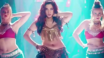Tamanna Swing zara Gorgeous Deep Navel shakes Thumb