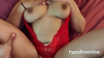 Latina gf with big booty in red lingerie fucks her bf