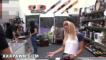 XXXPAWN - Uma Jolie Paying Dues To Get Her Ring Back From Pawn Shop