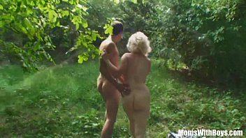 Vintage toshiba receiver Blonde mama jana receives rough fucking outdoors