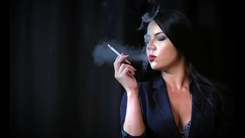 Tania Smoking Fetish
